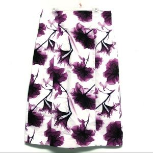 Worthington Purple White Floral Skirt Back fleats